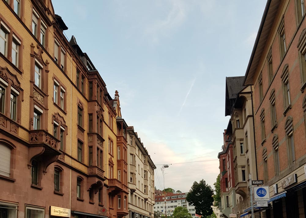 Streifzug Tübinger Straße Stuttgart reflect