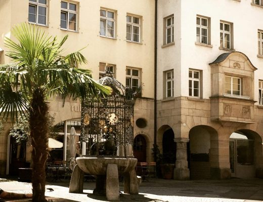 Drei-Tages-Fest rund um den Hans-im-Glück-Brunnen - re.flect Stuttgart