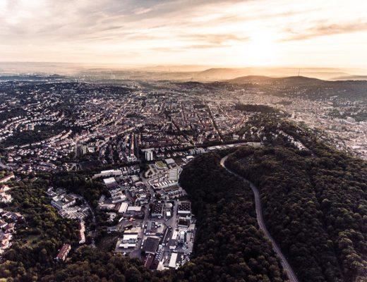 STADTBLICK: MAXIMILIAN KAMPS - re.flect Stuttgart