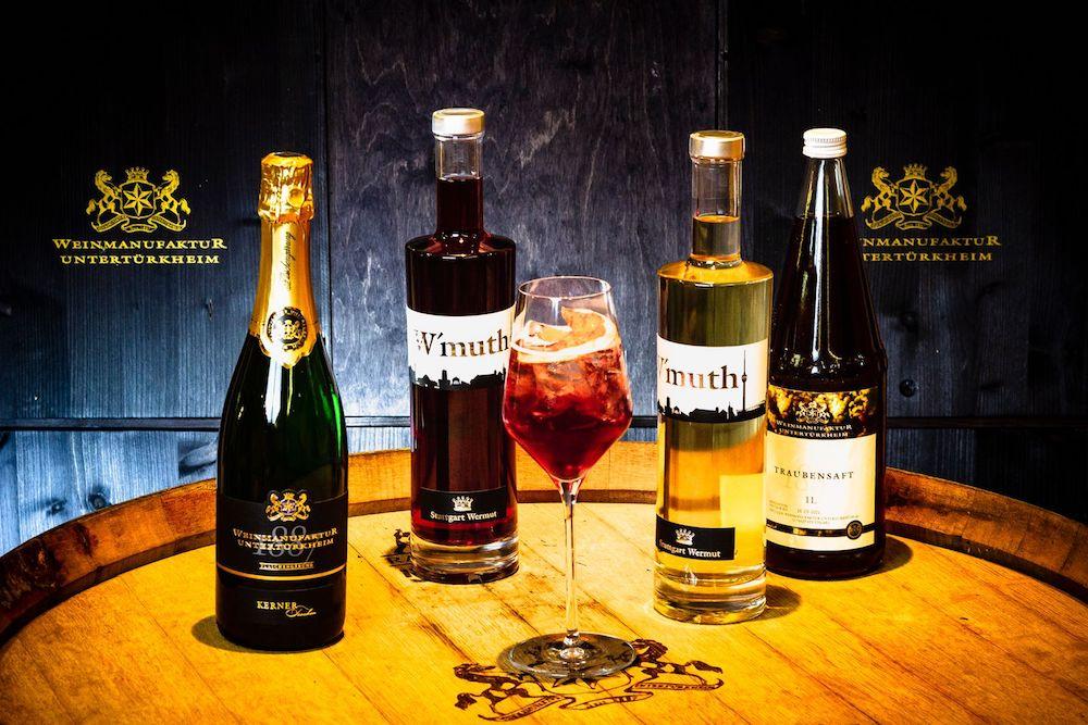 Flaschen und Getränke der Weinmanufaktur Untertürkheim